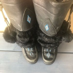 Manitoba mukluks genuine leather and fur boot
